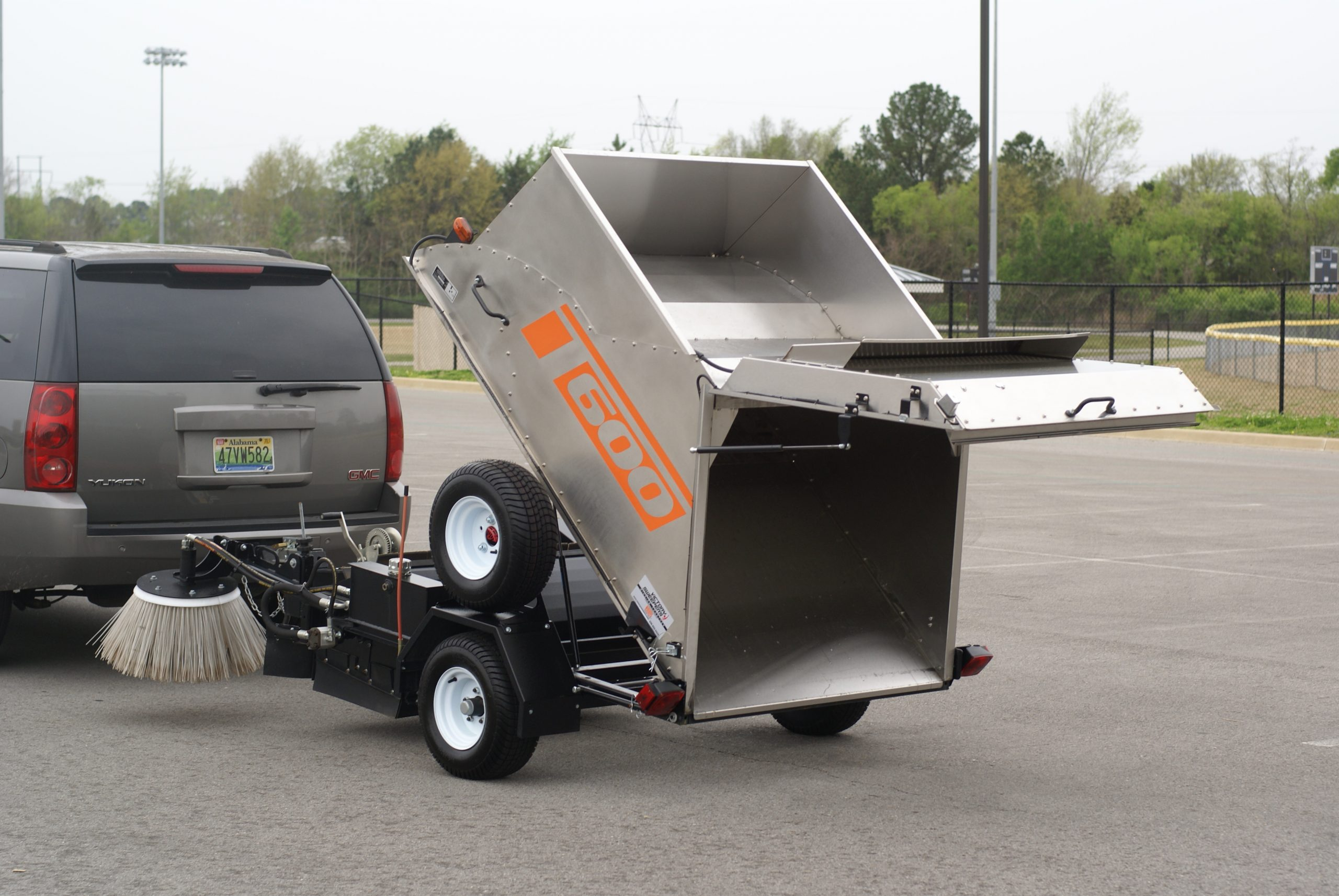 The Victory T600 - Parking Lots Sweeping Manufacturer